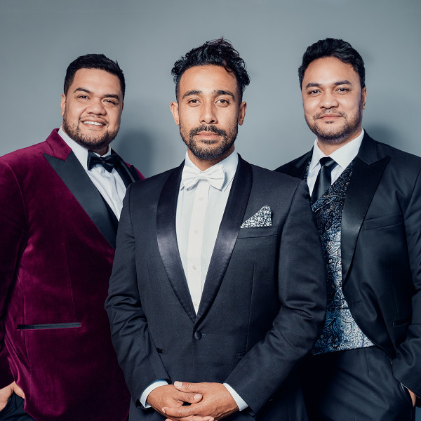 SOL3 MIO to wow Wellington  - 143 | Regional News